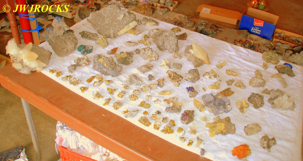 12 Crystals and Smaller Chalco Pieces