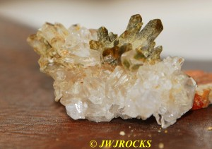 112 Grn Chloride Quartz on Clear Qtz